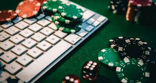 Read out the basic instructions and choose the best site to play poker games