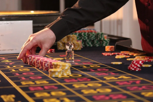 Usage Casino To Make A Person Fall For You