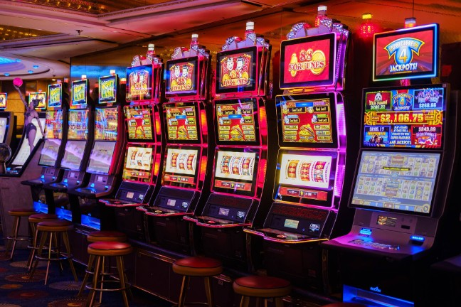 The Stuff About Online Casino You Probably Hadn't Thought