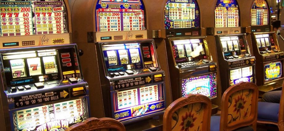 Nine Ridiculous Rules About Gambling