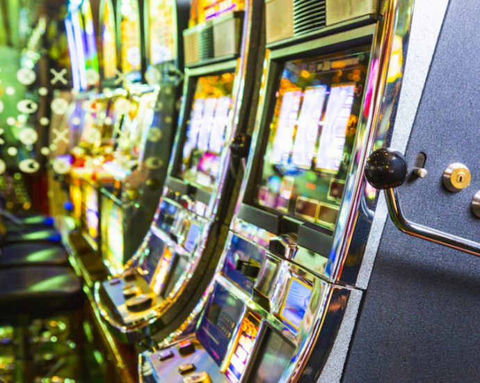 Six Ideas About Online Gambling That Work